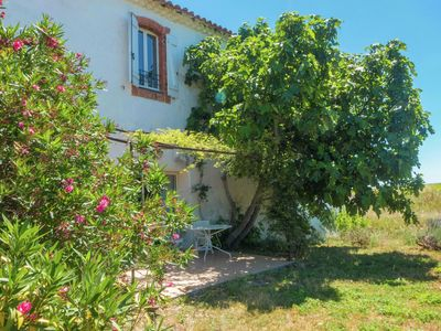 Photo for Charming cottage with swimmingpool in a vineyard