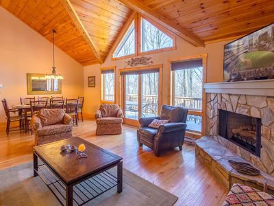 Photo for 4BR/4BA Beech Mtn Home, Beautiful Open Floor Plan, King Master Suite, Lake Access, Firepit, Nearby Skiing, Pet Friendly!