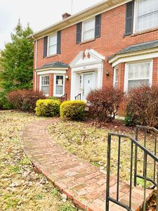 Photo for Beautiful Louisville home in historic Highlands neighborhood