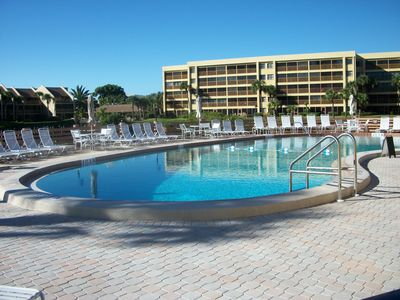 Photo for Award-winning Rental... Siesta Key's Crescent Beach... First Floor.. Great Value
