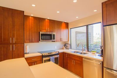 Beautiful Remodel Kitchen Stainless Steel Appliances, fully equipped kitchen