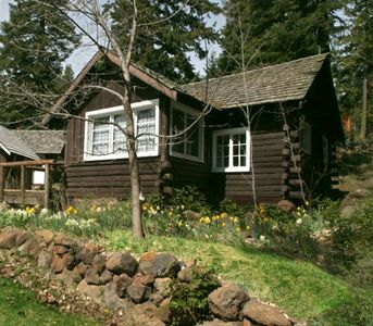 Photo for Cabin 2 on Klamath Lake at Point Comfort