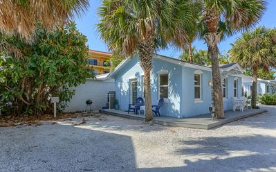 Photo for Blue Heron Cottage 6 - Beachside, heated pool, a gem!