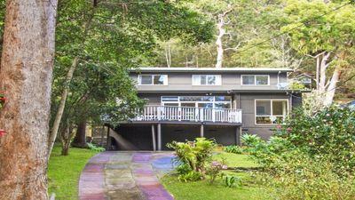 Photo for Spacious Two Story House with Large Deck