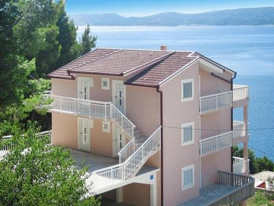 Photo for Apartments Ivancic, Mimice  in Mitteldalmatien - 5 persons, 2 bedrooms