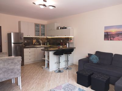 Photo for Top center one bedroom near the sea
