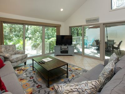 Photo for SeaPines, central location, walk to beach, free bikes, on site pool & tennis