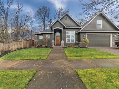 Photo for Beautiful Creekside home next to Nature Park