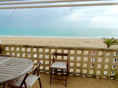 Photo for M123 - Marcelli, three-room apartment on the beach with breathtaking views