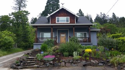 Photo for Beautiful craftsman-style home in the hills, near the U of O!