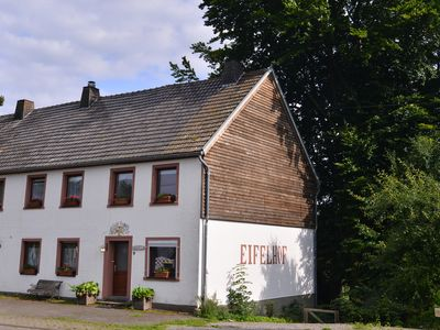 Photo for Large holiday house for 12 p. in a rural location in the Eifel