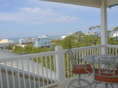 Photo for 4 Bedroom, 3 Bath, Gulf view home, Pet friendly, Private pool, Short stroll to beach!!