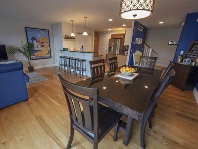 Photo for Luxury West Bay View Downtown TC Condo