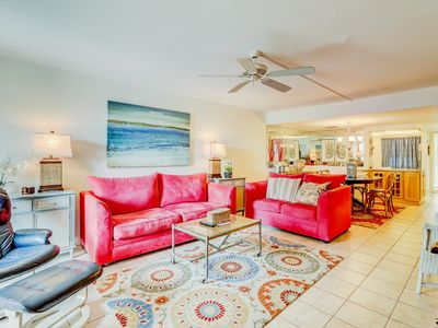 Photo for Luxurious condo w/ lagoon view, shared pool, hot tub & more - beach nearby!