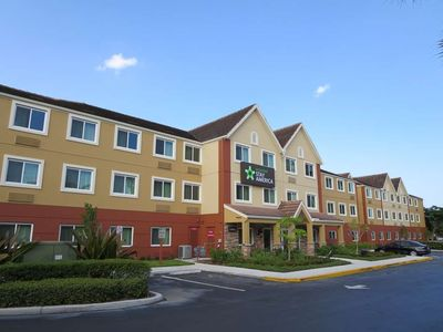 Photo for 1 bedroom accommodation in Miami Springs