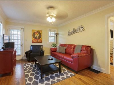 Photo for Charming 3 Bedroom Home in Hillsboro