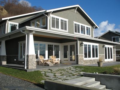 Cape Cod luxury house on a sandy beach; great for extended families and groups
