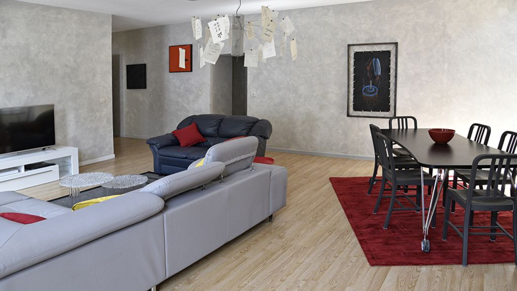 Apartment with terrace heart of city