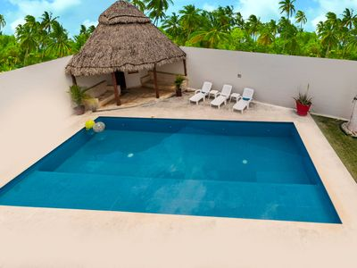 Photo for Luxurious 4 Bedroom House with Private Pool. Airport Transfer included!