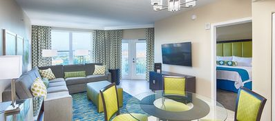 Photo for AMAZING LAST MINUTE DEAL:  2 BR 4 Bed Deluxe Suite @ Orlando Area Resort