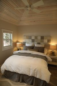 Photo for Mountain Chic Cheyenne Cañon Cottage, Steps to The Broadmoor & Amazing Hiking!