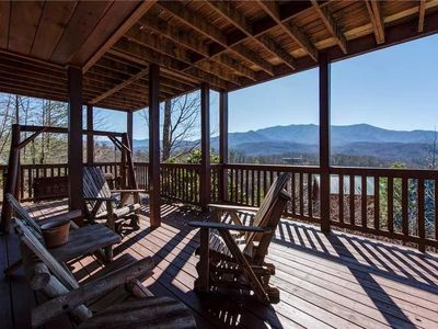 Photo for Majestic Point Lodge 5 Bedroom Mountain View Home with Hot Tub