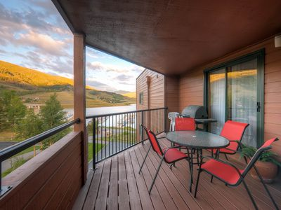 Photo for Two Bedroom Plus Loft In Downtown Dillon