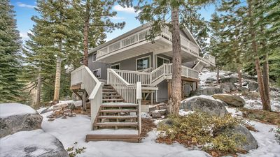 Photo for LUXURY MOUNTAIN HOME, 6 Bdrm, 4 Baths, Hot Tub - IDEAL FOR FAMILIES GET TOGETHER