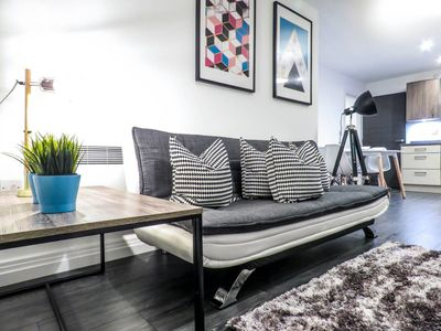 Photo for Modern design 2 bedroom apartment with free parking in Birmingham's Jewellery Quarter