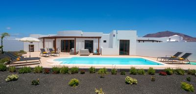 Photo for Villa Luar - Studio Villa, Sleeps 6