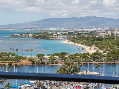 Photo for Ilikai 2139 - Stunning Ocean View & Awesome Sunsets from this 21st Floor Suite