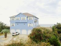 Beautiful Home, Charmingly Decorated. Perfect Location, Beachfront.