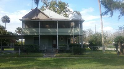 Photo for Reserve  Now For Gator Games 21 Miles To U of FL
