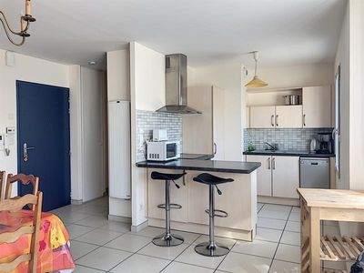 Photo for Apartment Granville, 2 bedrooms, 4 persons
