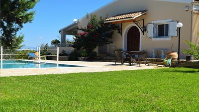Photo for Stunning villa in a rural location with sea views