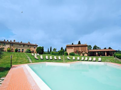 Photo for One bedroom Apartment, sleeps 2 in Luiano with Pool, Air Con and WiFi