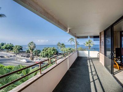 Photo for Charming Ocean View Condo, Across White Sands Beach (Air Conditioning)