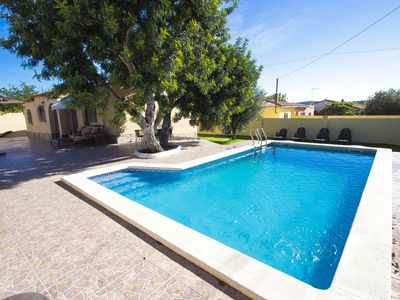 Photo for Adorable Villa St. Marti up to 9 guests, close to the beach of Sant Salvador!