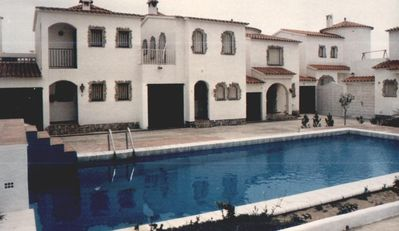 Photo for Holiday home with pool and boat dock in Empuria. Pets Allowed