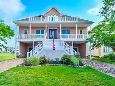 Rare Ocean City Gem! 7 Bedroom Waterfront Home In Heron Harbour!