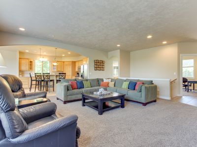Photo for 3,200 square feet of comfort w/private hot tub and a shared pool!