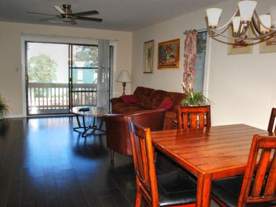 Adorable condo located only a short distance from many local attractions and the beach