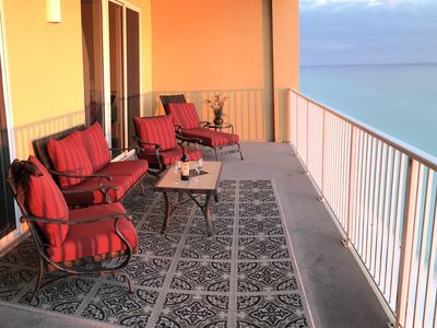 Photo for Gorgeous Penthouse, Directly on Beach, Excellent location to Pier Park