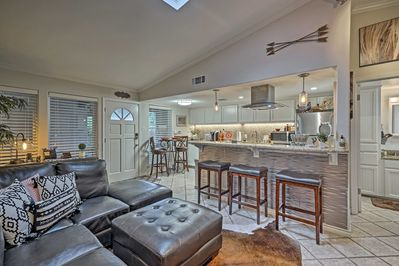 This condo offers 1 bedroom, 1 bath, and accommodations for 4 guests.