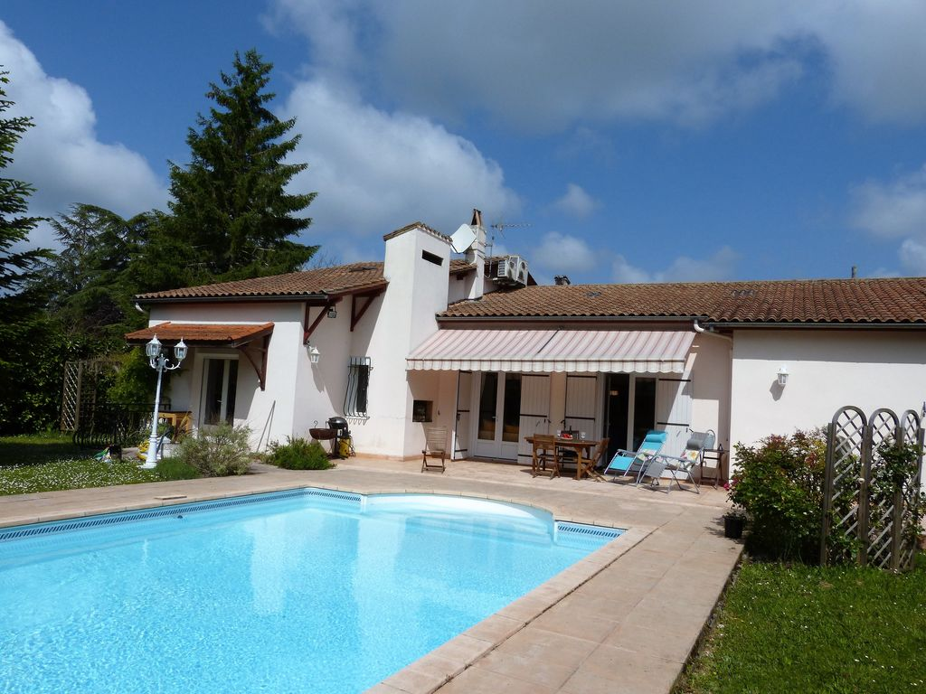 High Quality Issigeac House Rental   La Pinede And Pool