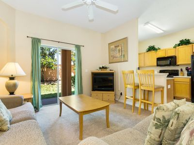 Photo for Regal Oaks Townhome located just 3 miles to Disney and just a 10 min drive from Universal Studios