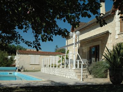 Photo for The Radiance of the XIII th house in a fenced and private 10 minutes from Perigueux