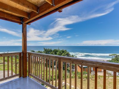 Photo for Huge renovated, dog-friendly condo w/ ocean views & beach access nearby!