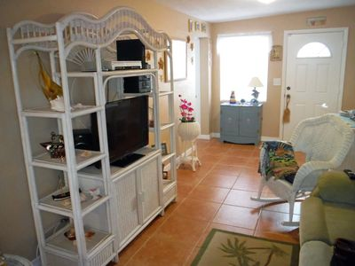 Luxury Vacation Home by the Water in Beautiful Key Largo, only 1 hour from Miami