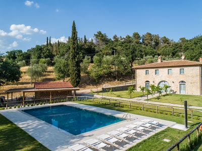 Photo for Spacious Villa in Castiglion Fiorentino Italy with Pool